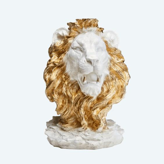 Голова льва белый