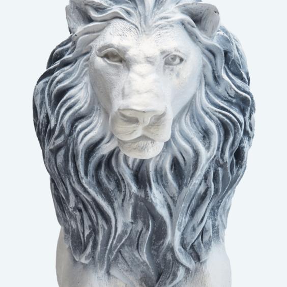 Лев сидя античный